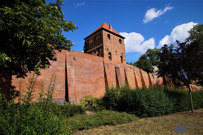 Stadtmauer auf der Elbseite